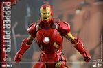 Iron Man Mark IX and Pepper Hot Toys 09