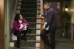 Raven's Home - 1x04 - The Bearer of Dad News - Photography - Raven and Devon