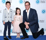 Rob Minkoff & kids at World of Children Hero Awards Benefit