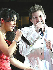 Vanessa Anne Hudgens and Drew Seeley