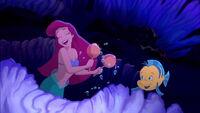 Little-mermaid3-disneyscreencaps.com-2971
