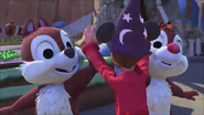 KDA - Chip and Dale likes to high fives together