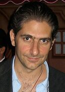 Actor for the El Sleezo tough customer