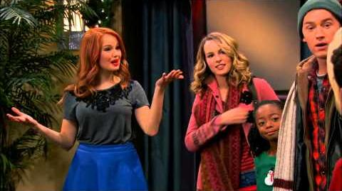 Good Luck Jessie NYC Christmas - Disney Channel Official-0