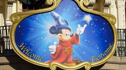 Disneyland Paris - The complete Tour of the Parks
