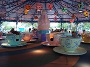 Mad Tea Party (MK)