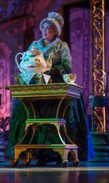 Beauty-and-the-Beast Enchanted-Objects-sm-1024x682