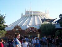 Honey, I Shrunk the Audience at Disneyland