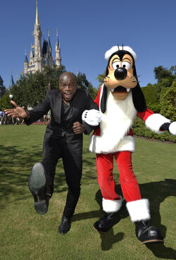 2015 Disney Parks Unforgettable Christmas Celebration 09