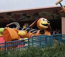 Slinky Dog Zig Zag Spin