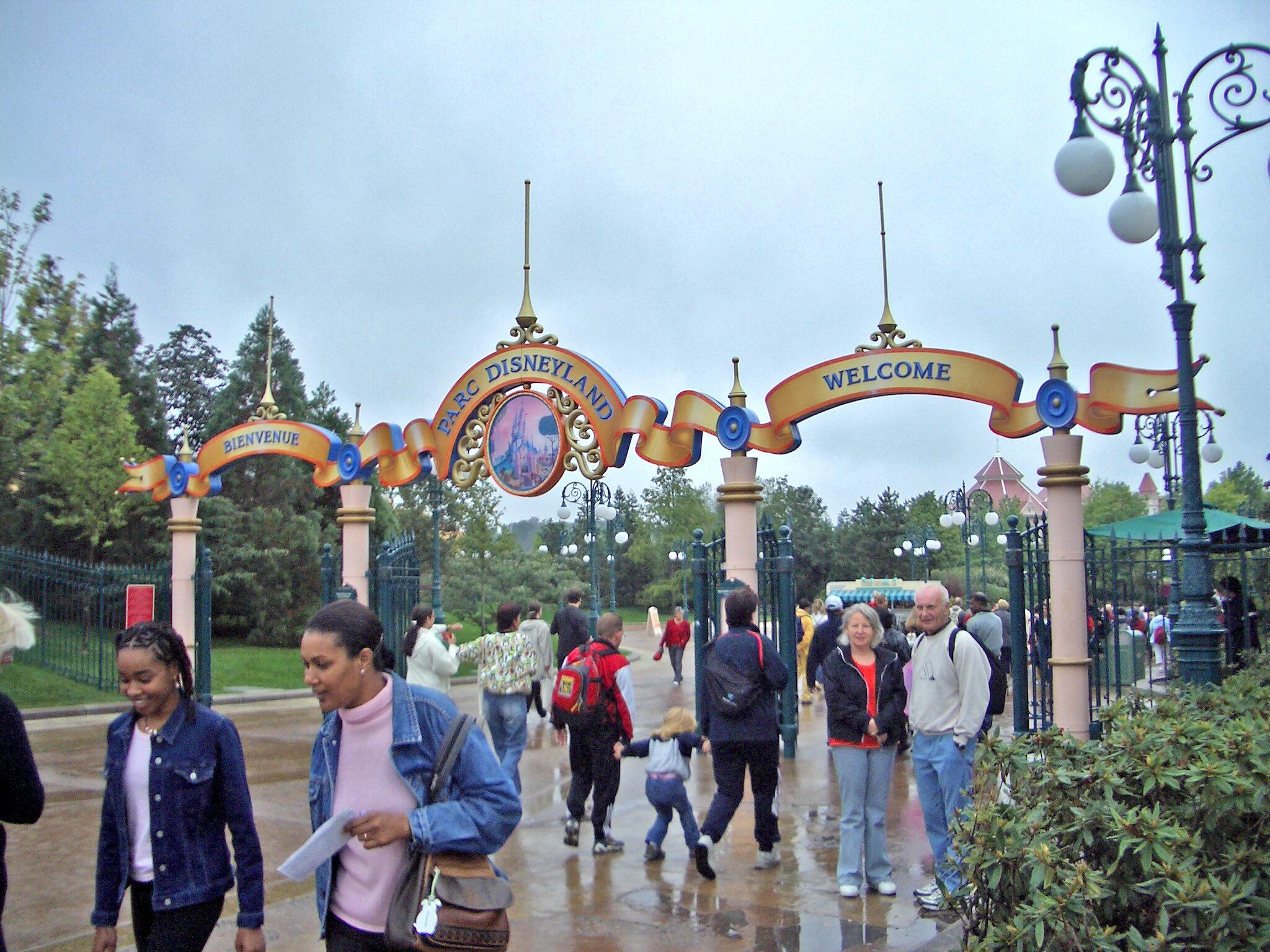 Disneyland paris disney parks wiki fandom powered by wikia disneyland paris publicscrutiny Choice Image