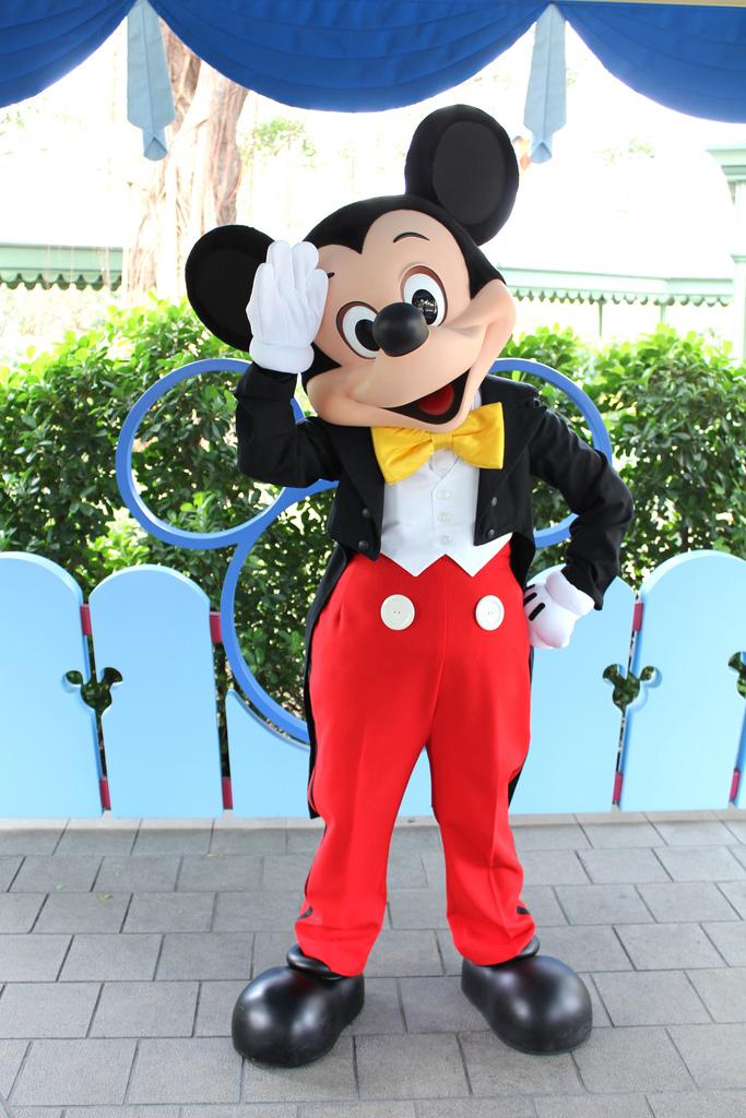 Mickey Mouse | Disney Parks Wiki | FANDOM powered by Wikia