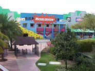 800px-Nickelodeon Studios in Hard Rock Cafe