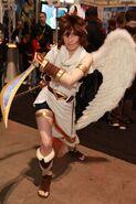 Kid-Icarus-Uprising-Pit-Cosplay