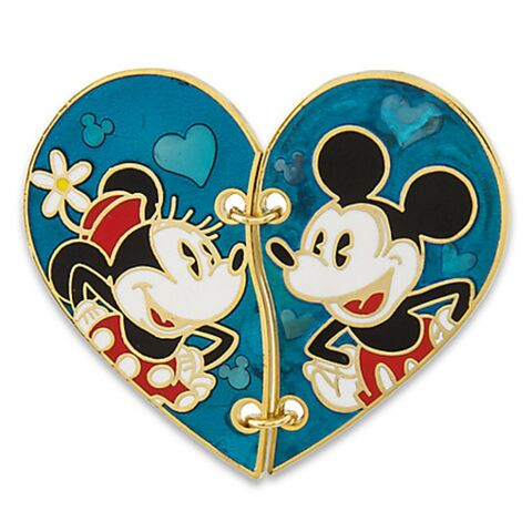 File:Mickey and Minnie Endless Love Heart 2015.jpg
