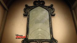 Enchanted-Mirror