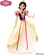 Snow White16in ET Portrait