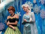 Elsa-and-Anna-Frozen-Fantasy-Pre-Parade-frozen-37469933-500-281