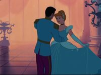Cinderella and prince charming-640x480