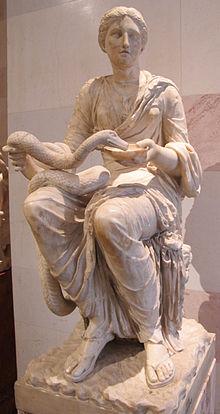 220px-Hygea, copia romana da originale greco del III sec. ac