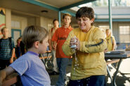 Malcolm-in-the-Middle-2x10-The-Bully-Still-MITMVC-1