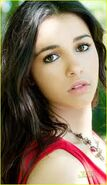 Naomi Scott9