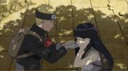 Naruto giving Hinata water