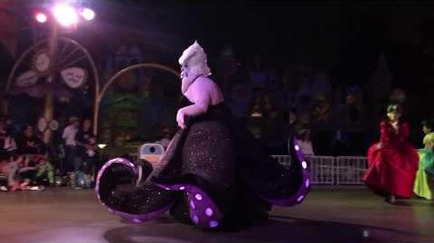 Ursula Leads Disney Villains Frightfully Fun Parade Mickey's Halloween Party 2017 Disneyland
