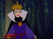 Snow-white-disneyscreencaps.com-5596
