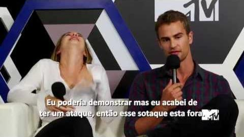 Legendado O segredo do sotaque de Theo James de 'Divergente' MTV-1