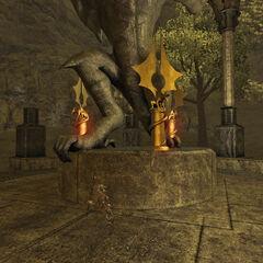 Трикс-Кракс и постамент для драконьих кристаллов