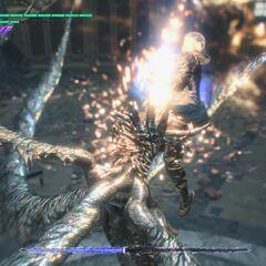 Крушитель Неро в бою с Артемидой.