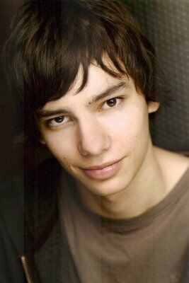 Devon Bostick Diary Of A Wimpy Kid Wiki Fandom