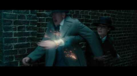 "MUJER MARAVILLA - Disparo 15"" - Oficial Warner Bros"