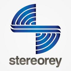 Christopher es la voz actual de Stereorey desde 2005 incluyendo la versión Web de la estación.