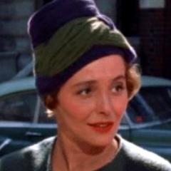 Sra. Emily Eustace