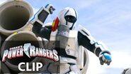 Power Rangers en Español G-BO ataca a los Dino Charge Rangers!