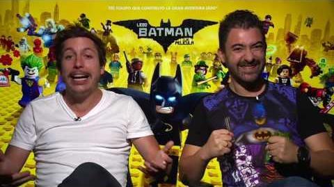 LEGO BATMAN- LA PELÍCULA - Saludos Ivan y Alejandro (Colombia) - Oficial Warner Bros