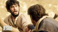 Jesús Uno de los apóstoles de Jesús está a punto de sufrir un accidente mortal