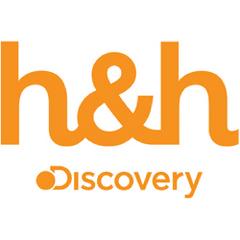 También es la locutora del canal Discovery Home & Health.
