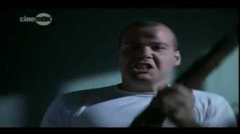 Nacido para matar (1987) - Muerte del Sgto