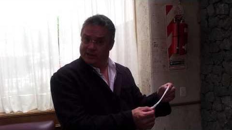 Ruy Cuevas Herrera, promocionandonos el Eva´s Store ^^