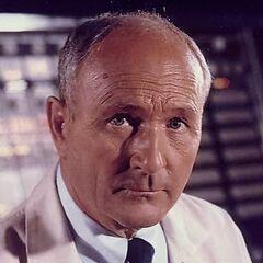 Dr. Raymond Swain en <a href=