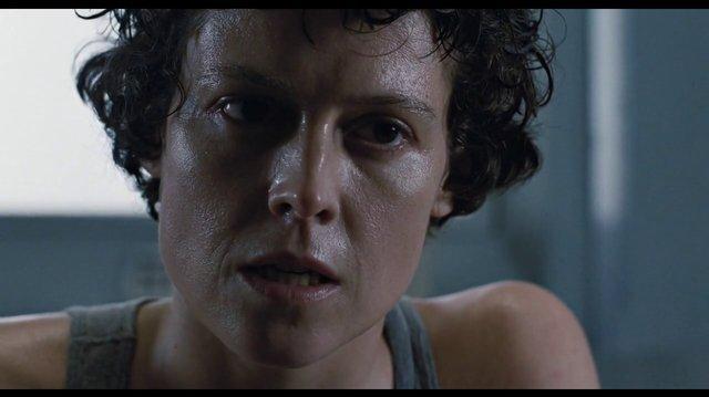 Aliens (1986) Misión de rescate ( Español Latino)