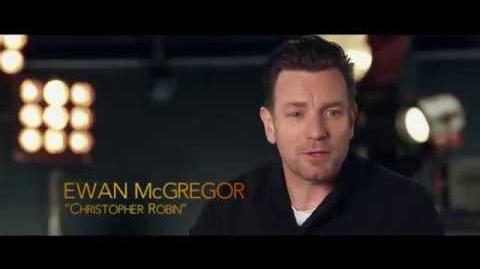 Ewan McGregor y Pooh - promoción doblada