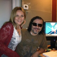 Maggie Vera y Enrique Cervantes (Discord). (01/10/12)
