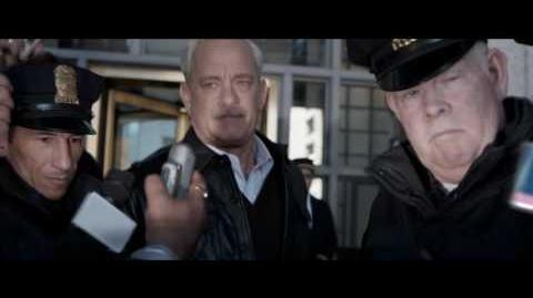 """SULLY- HAZAÑA EN EL HUDSON - Mayday 10"""" - Oficial Warner Bros"""