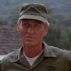 Coronel Roderick Decker en <a href=