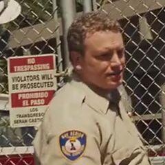 Oficial de Control Animal (Kevin O'Grady) en <a href=