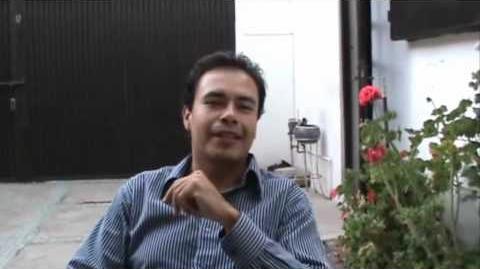 José Gilberto Vilchis mandando saludos como Shun de Andromeda